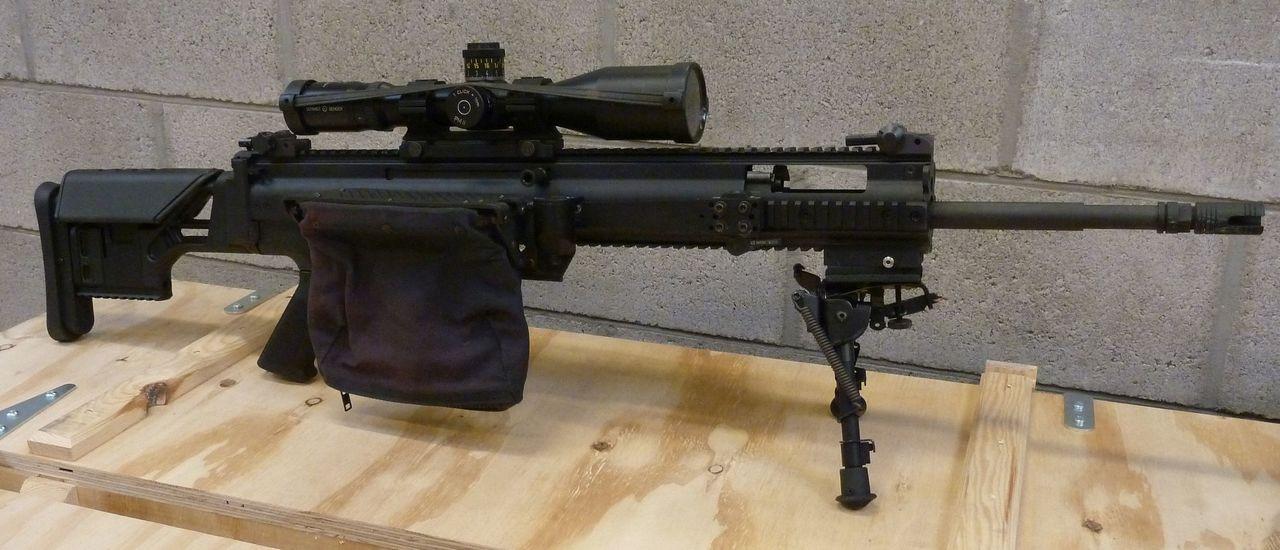 Shown on FN PR/MK 20 SCAR rifle.