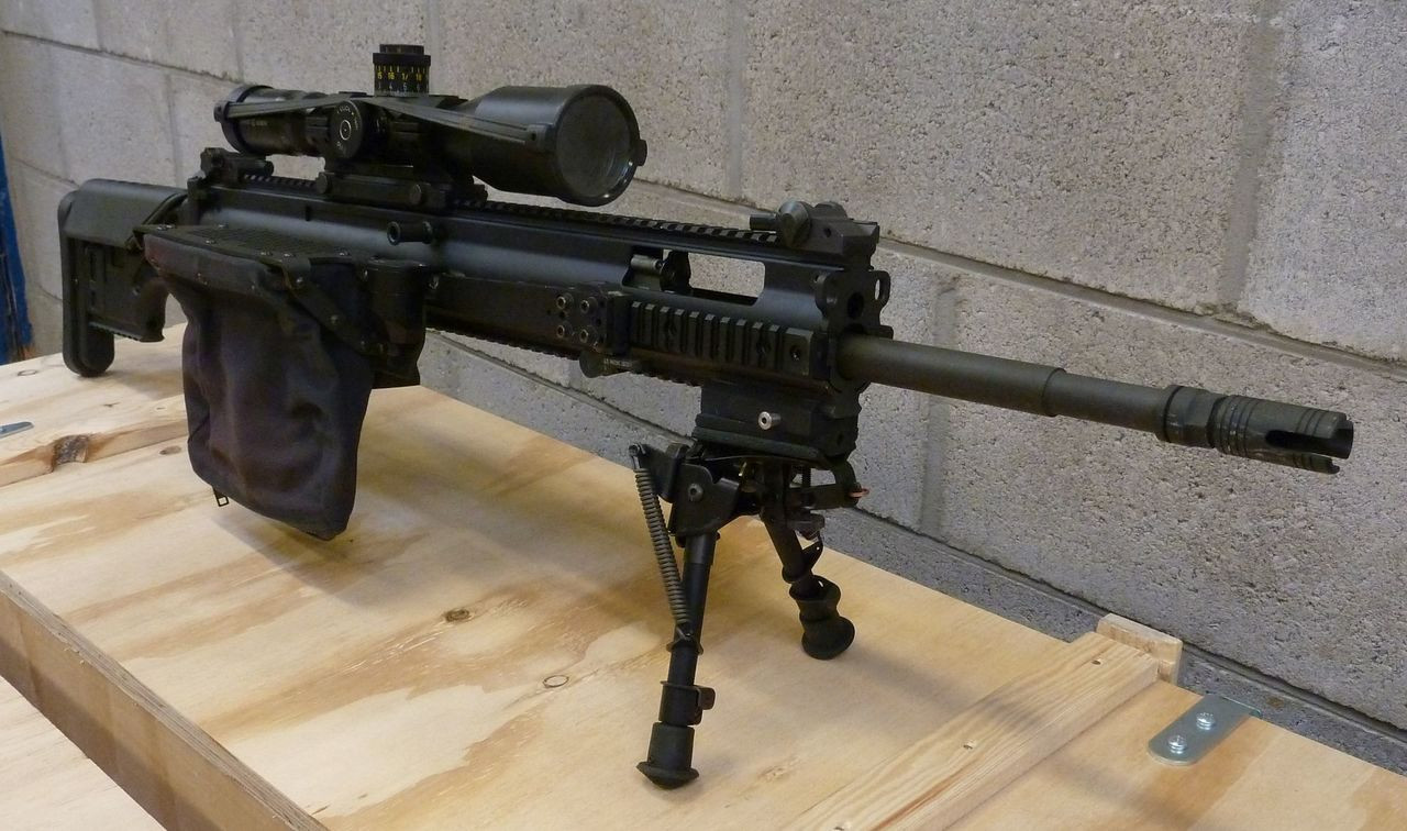 allows for use of charging handle on ejection port side on FN PR/MK 20 rifles equipped with longer upper receiver.