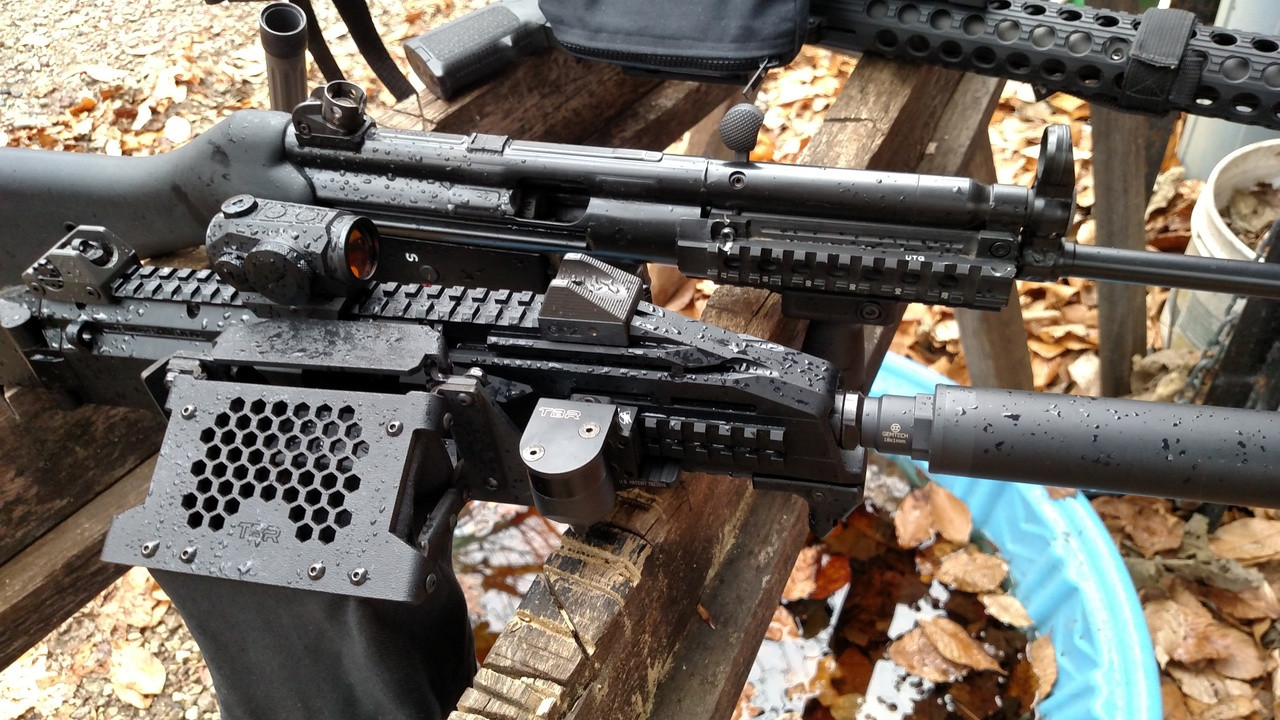 compatible with HK MP5 and CZ Scorpion EVO.