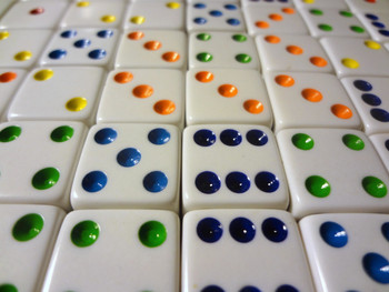 1000 Count - 16mm White Dice w/ Colored Pips