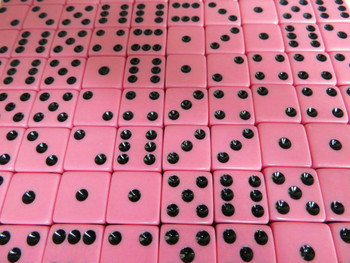 1000 Count - 16mm Pink Dice w/ Black Pips