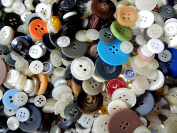 1 lb - Assorted Craft Buttons