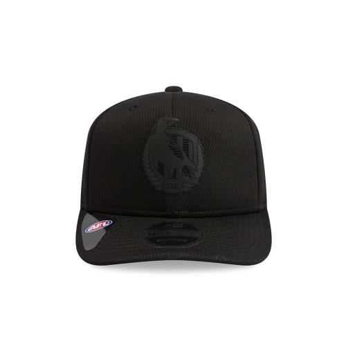 Collingwood New Era Black on Black 9FIFTY Pre-Curved Snapback