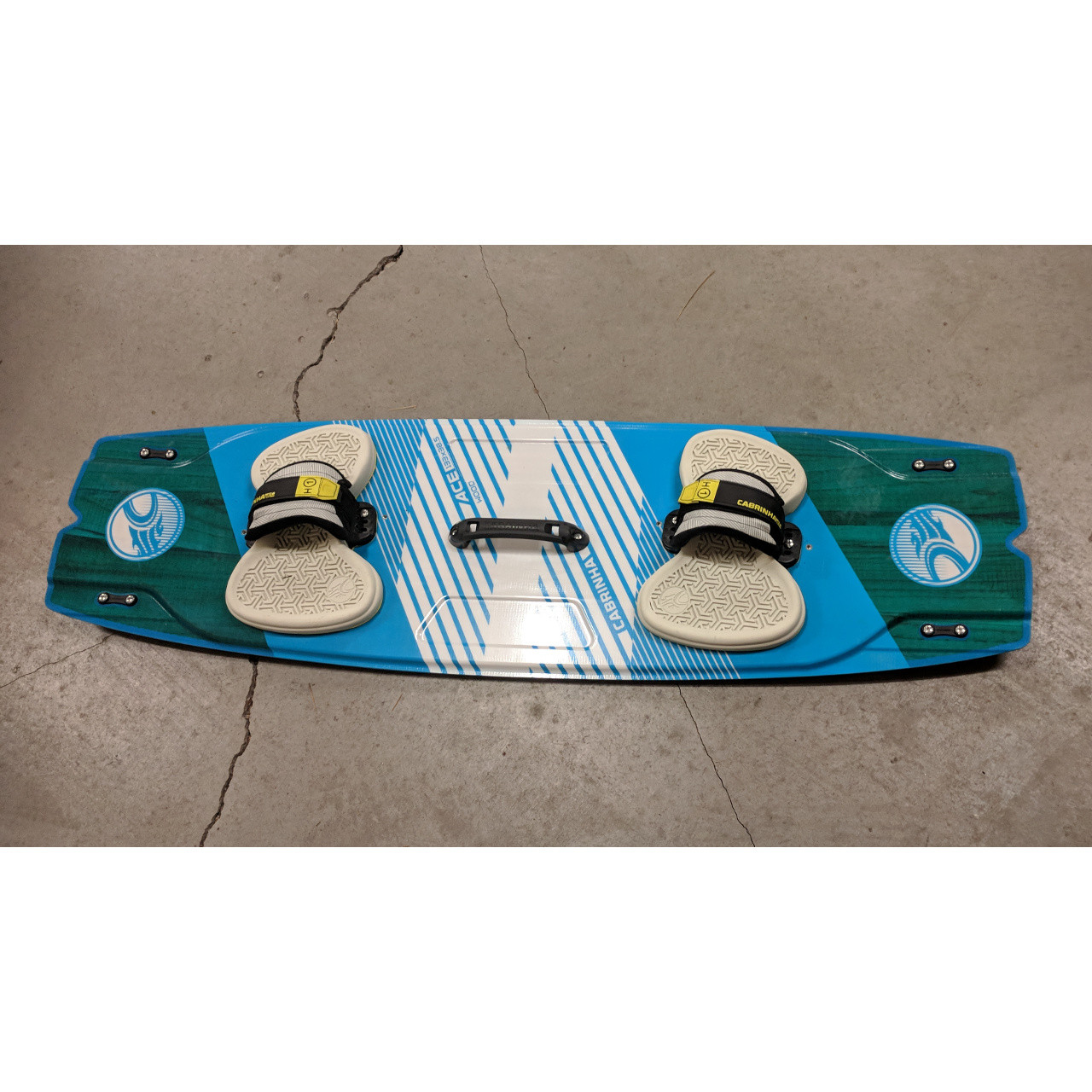 Cabrinha Ace Wood 133 Demo with H1 Bindings