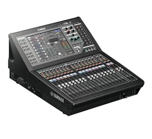 Yamaha QL1 Digital Console
