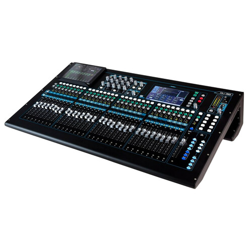 Allen & Heath Qu-32 Chrome Digital Mixer