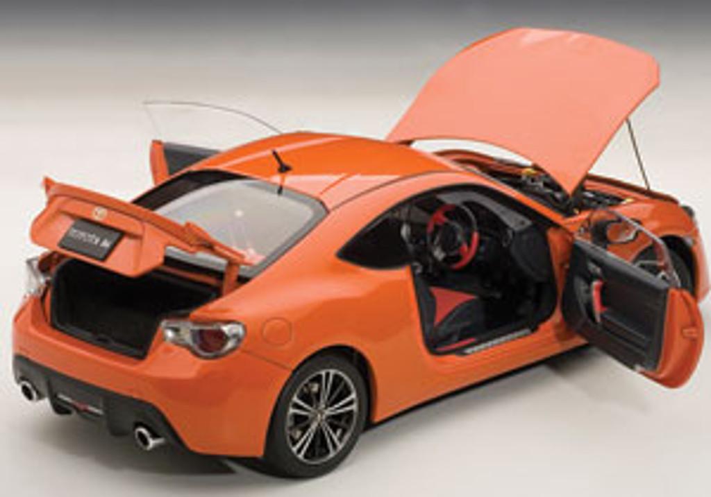 Toyota 86 GT Limited (RHD) (Metallic Orange) - 1:18 Scale - Part no. NGA78771