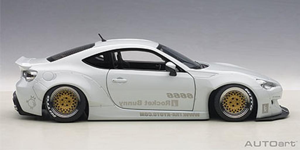 AutoArt Rocket Bunny Toyota 86 In Metallic White/Gold Wheels 1:18 - Part no. NGA78756