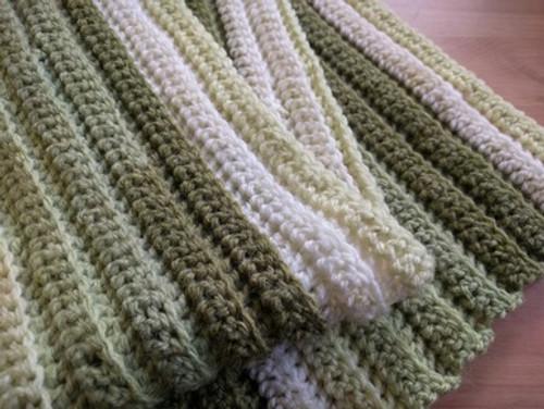 Woolfull Free Crochet Pattern - Debbie's Back Loop Ridgeback Scarf