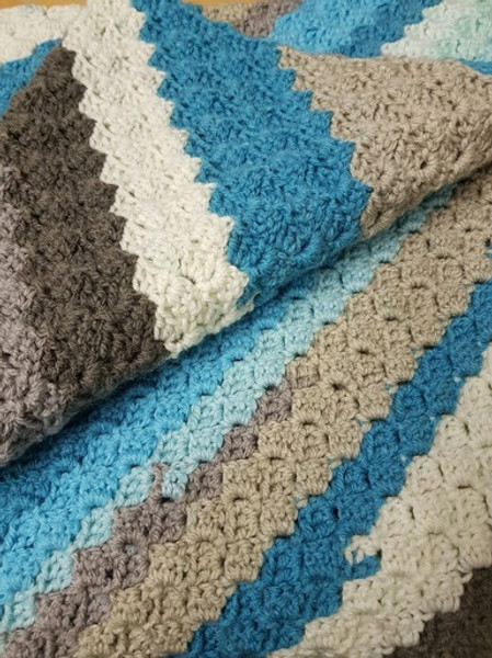 Woolfull Free Crochet Pattern - Corner-to-Corner Baby Blanket