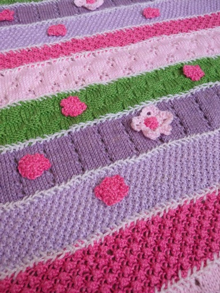 Woolfull Free Knitting Pattern - Flower Child Baby Blanket