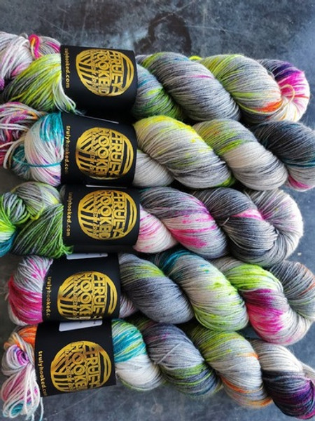 Romade Yarns - Truly Hooked Exclusive - Neon Steel