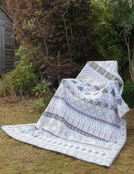 Letitia's Holiday - Vintage Holiday - Medium Yarn Pack