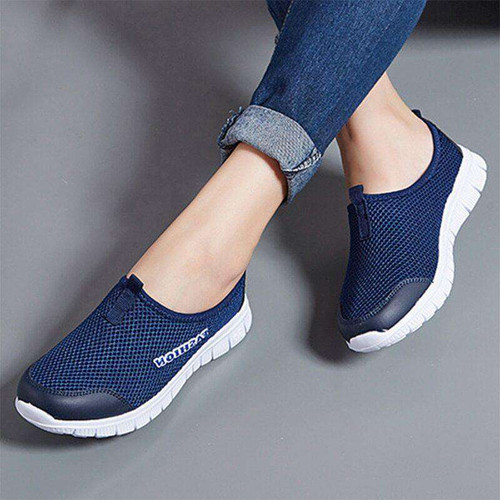 Spring Summer Women Sneakers Breathable Mesh Light Flat Loafers Casual Shoes Women Fashion Outdoor Walking Shoes Plus Size 35-43