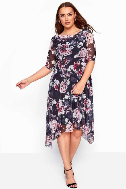Black Plus Size Crewneck Half Sleeve Floral Midi Dress