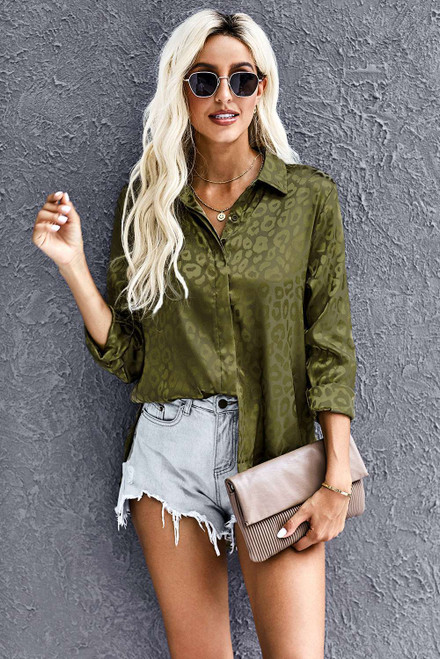 Green Turn-down Collar Embossed Button Shirt