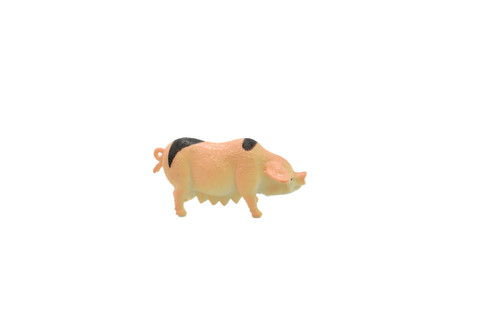 Pig / Sow Plastic Replica 2 inches long - F1852 B139