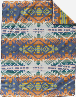 Pendleton Journey West Craftsman Blanket