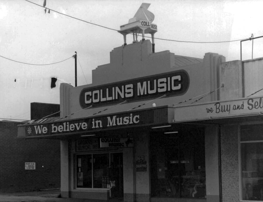 old-collins-music-900w.jpg