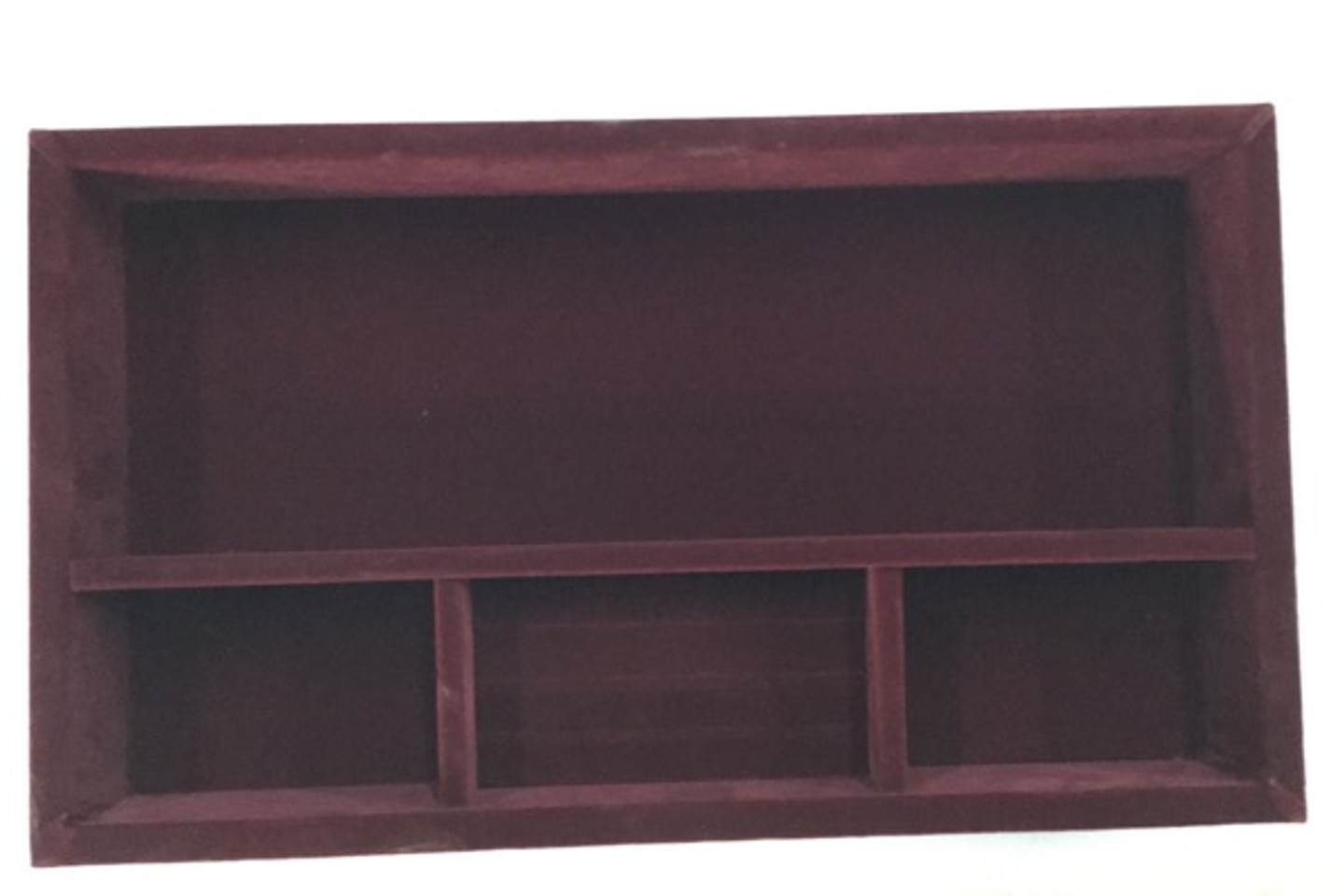 The custom fit liner for this kit adds softness and organization to this chest