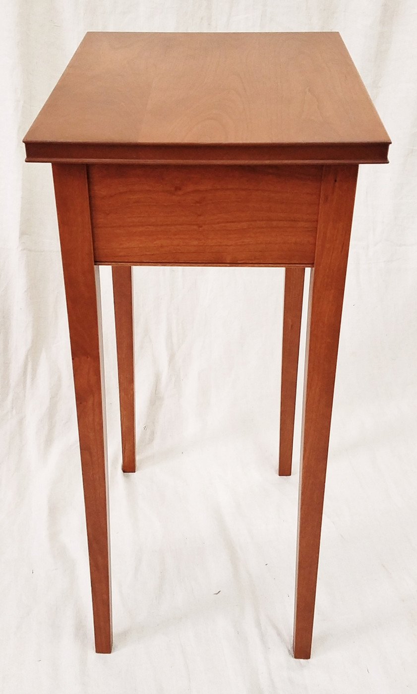 American Hepplewhite Table without drawer