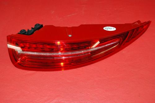 Porsche 911 991 Carrera Right Passenger Tail Light LED 99163114612 Factory OEM