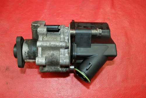 Porsche 911 996 Boxster 986 Power Steering Pump 99631402005 OEM