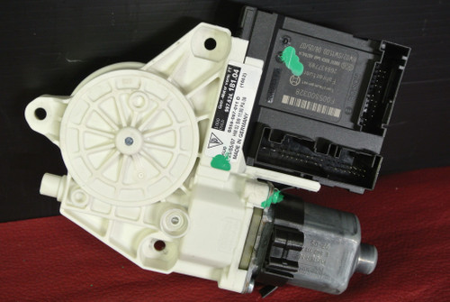 pORSCHE 911 997 987 BOXSTER CAYMAn LEFT DRIVER WINDOW MOTOR 99762418104 OEM