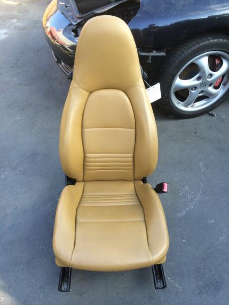 Passenger Side Perf Leather 8-way Power Porsche 996 Seat Beige