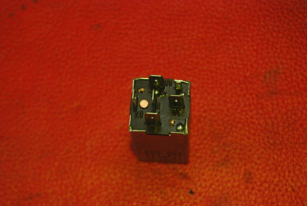 Porsche 911 944 AC Air Conditioning Control Relay 94461511300 OEM
