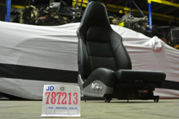 PORSCHE CARRERA 991 981 718 GT3 18-WAY BLACK LEATHER SPORT SEAT (PASSENGER SIDE)