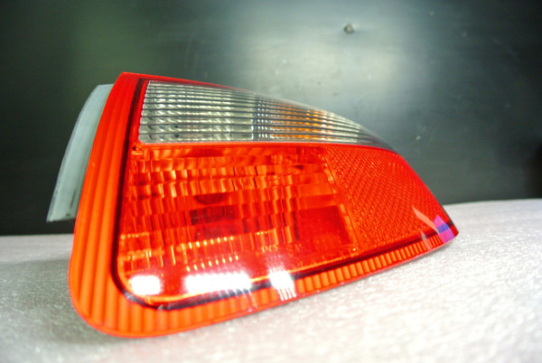 PORSCHE 911 (997) RIGHT PASSENGER SIDE TAIL LIGHT WITH HARNESS