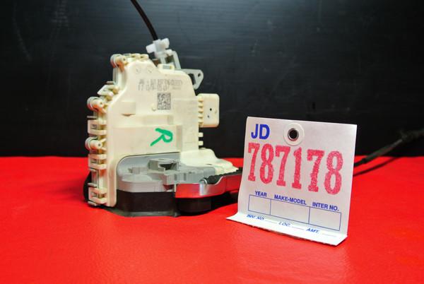 AUDI A4, A5, Q5, Q7, TT FRONT RIGHT DOOR LOCK LATCH ACTUATOR