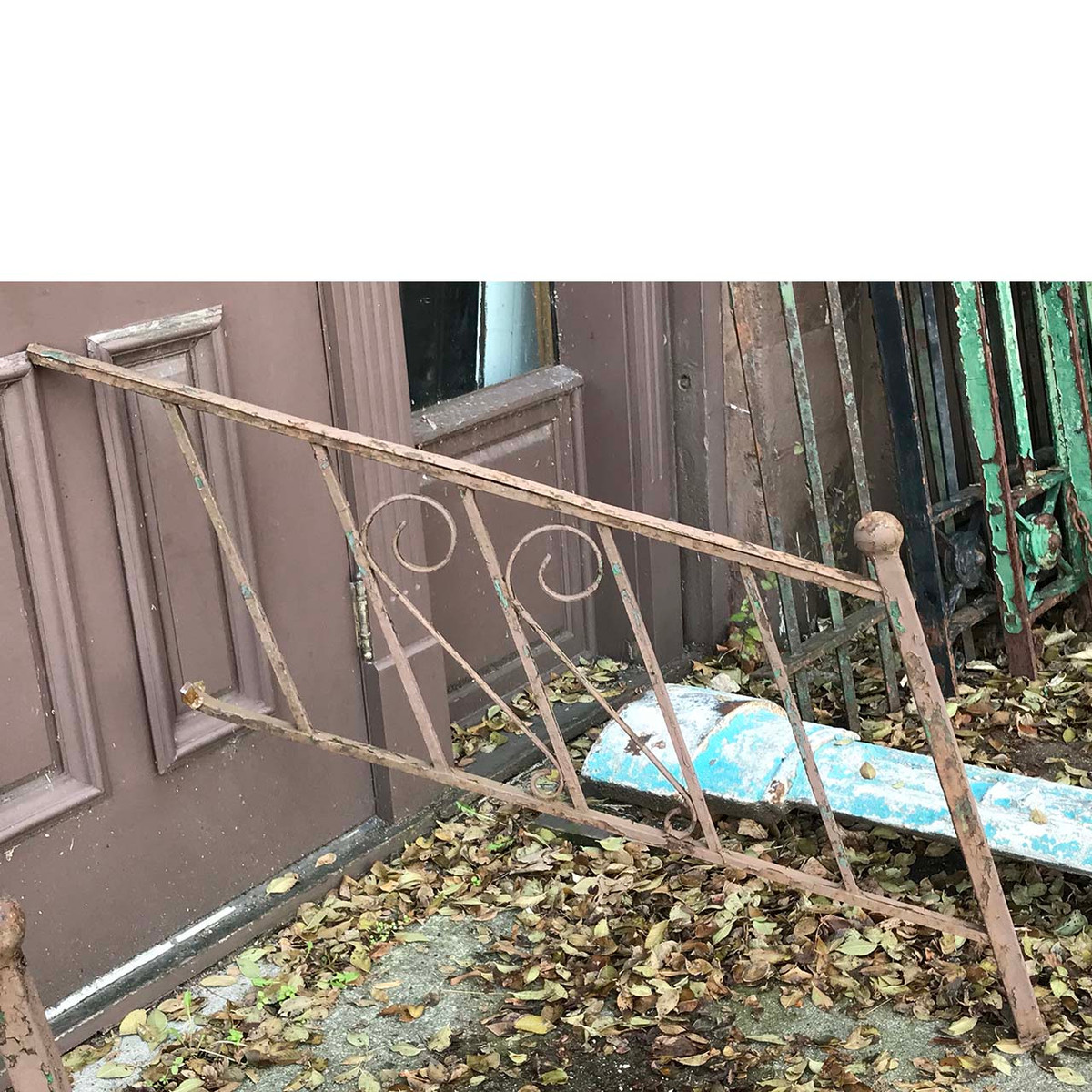 S17084 - Vintage Wrought Iron Stair Rail