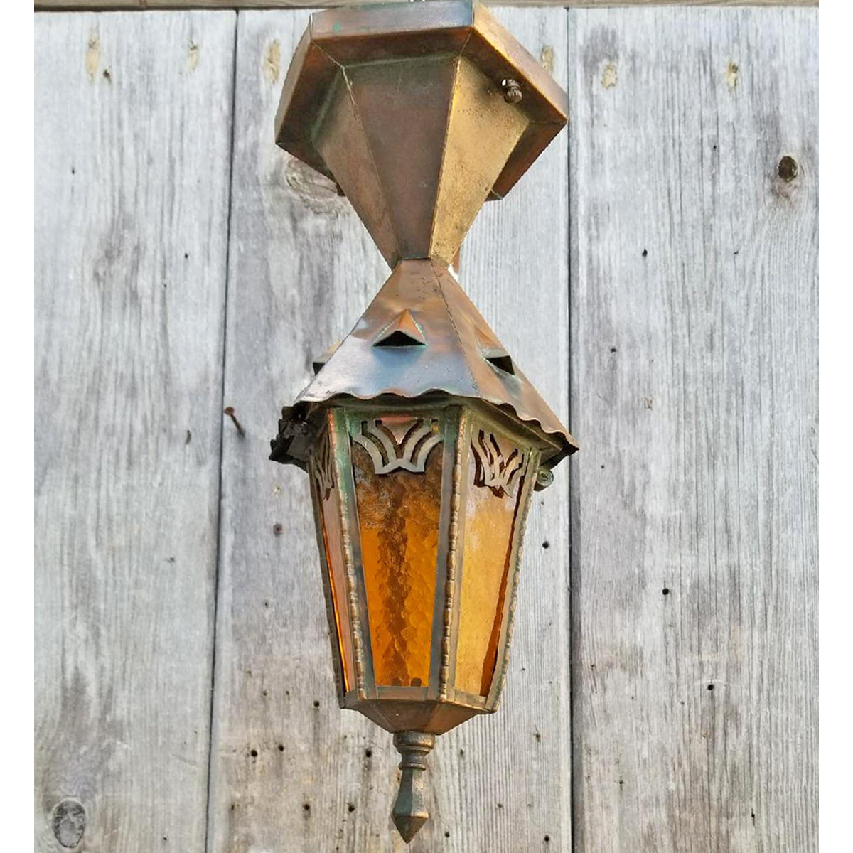 L18032 - Antique Arts & Crafts Porch Light