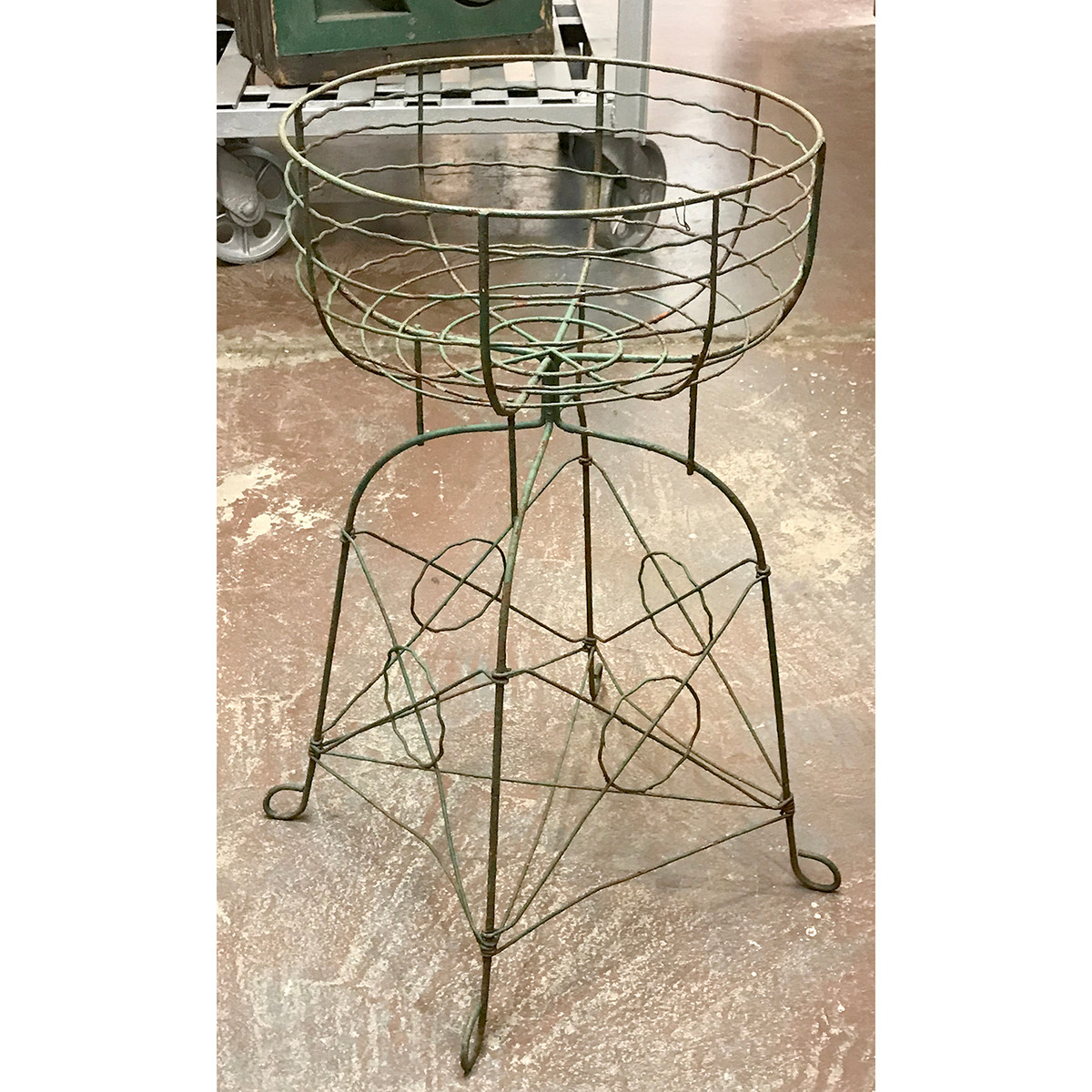 A18090 - Antique Wire Flower Basket