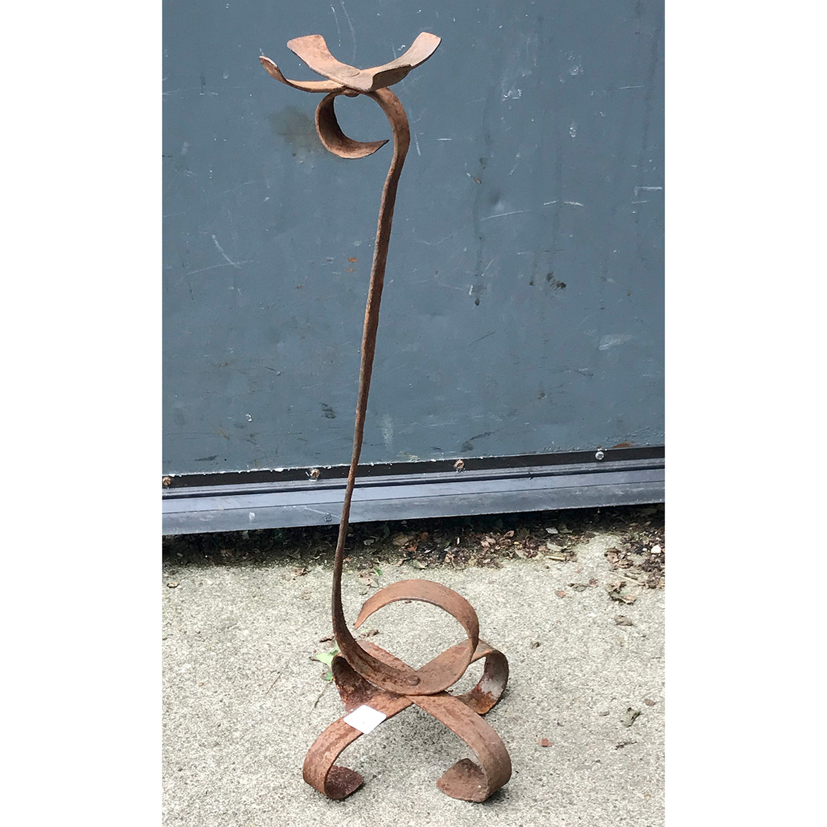 A18109 - Wrought Iron Planter Stand