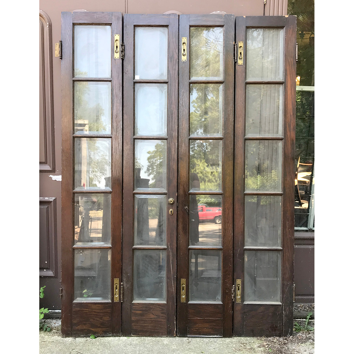 - D18084 - Antique Bifold French Doors 59
