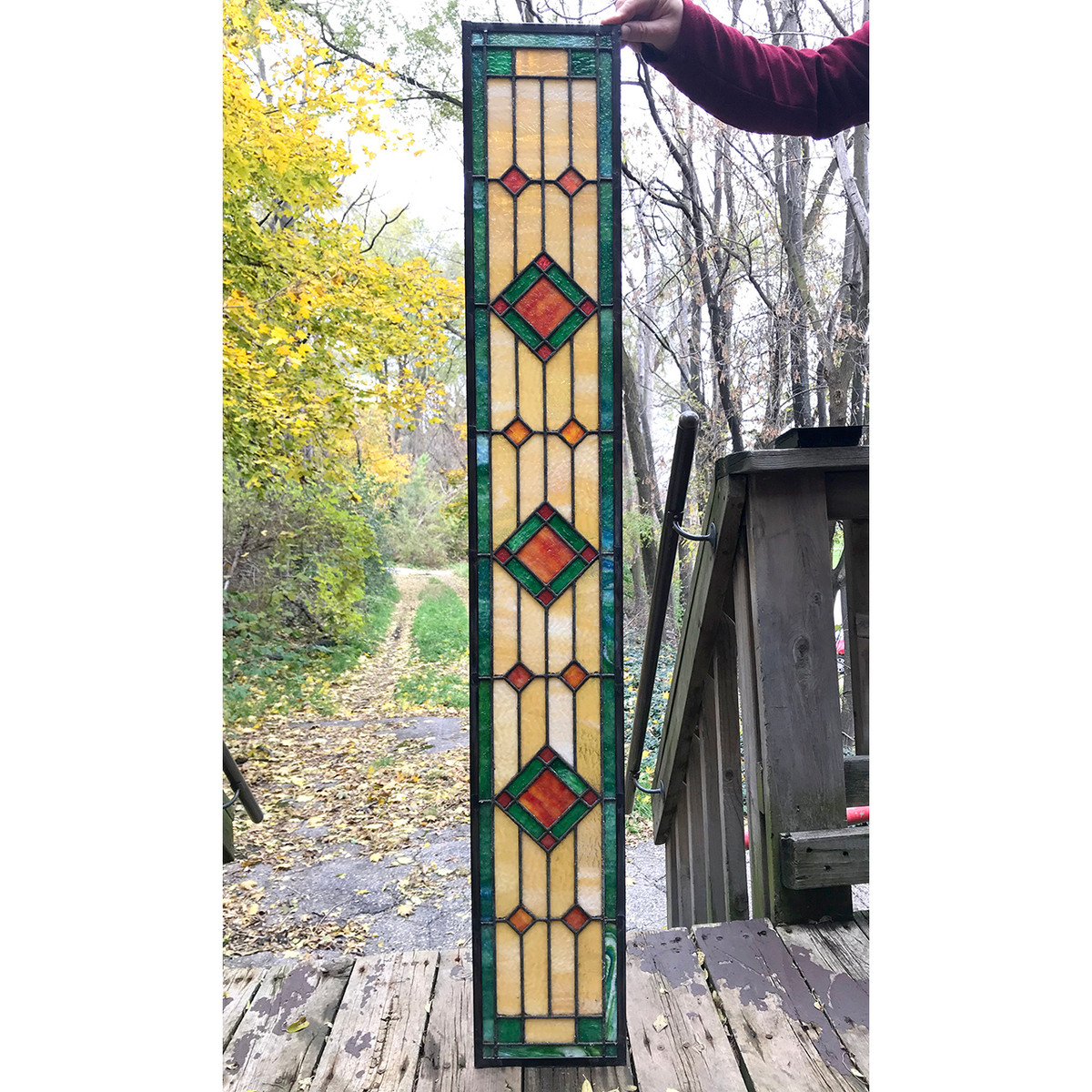 G18084 - Antique Arts & Crafts Stained Glass Window