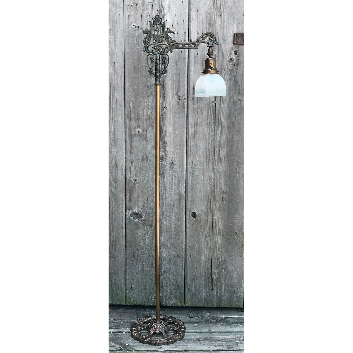 L19103 - Antique Bridge Lamp
