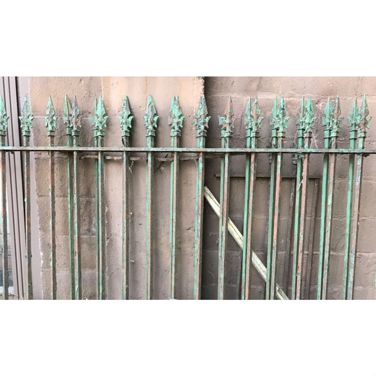 S19026 - Antique Cast & Wrought Iron Fence Section