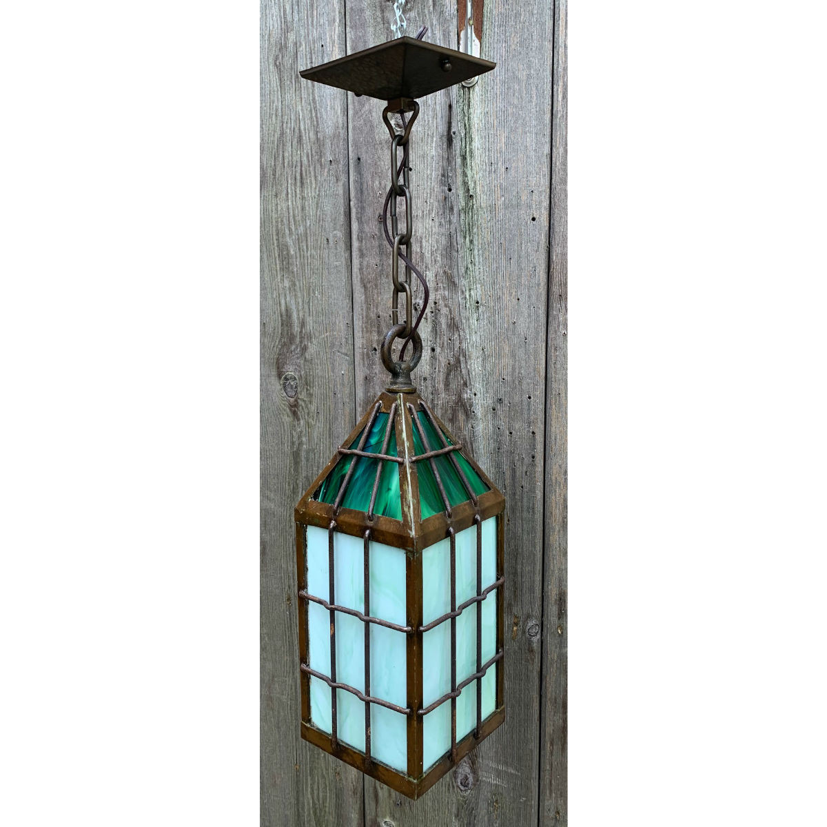 L19167 - Antique Arts & Crafts Lantern Fixture