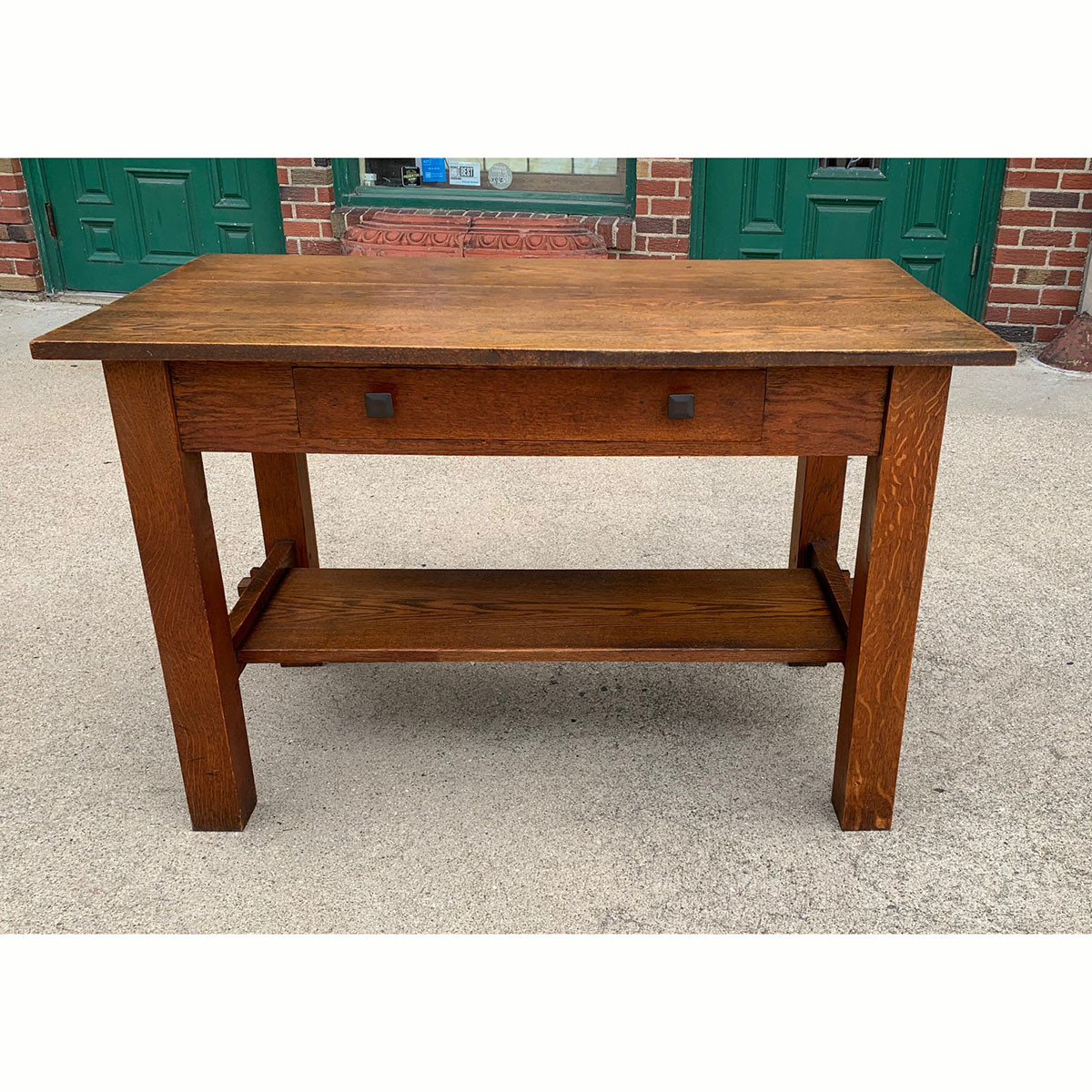 F21122 - Antique Arts & Crafts Library Table