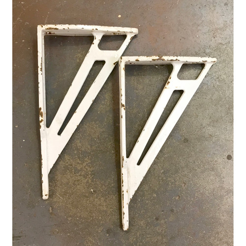 S18020 - Pair of Antique Cast Iron Sink Brackets