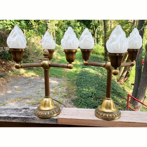 L18119 - Pair of Antique Colonial Revival Style Table Lamps