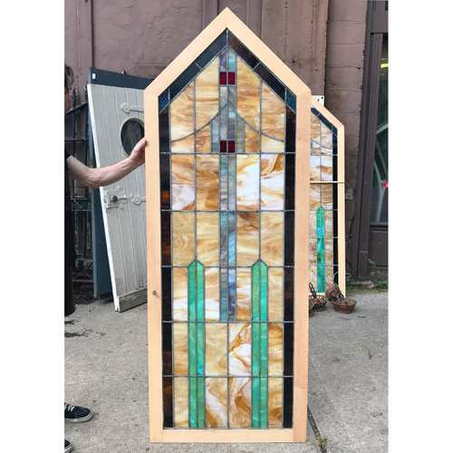G18067 - Antique Arts and Crafts Stained Glass Window