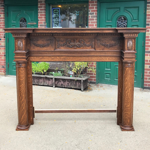 M18019 - Antique Colonial Revival Quartersawn Oak Half Mantel