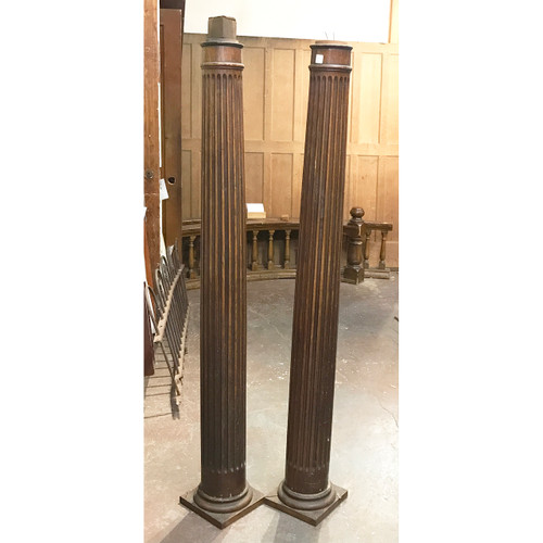 S19016 - Pair of Oak Columns