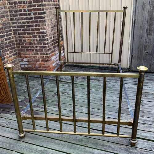 F20099 - Antique Brass Bed