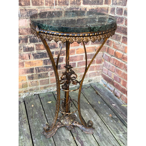 F20134 - Antique Wrought Iron Stand